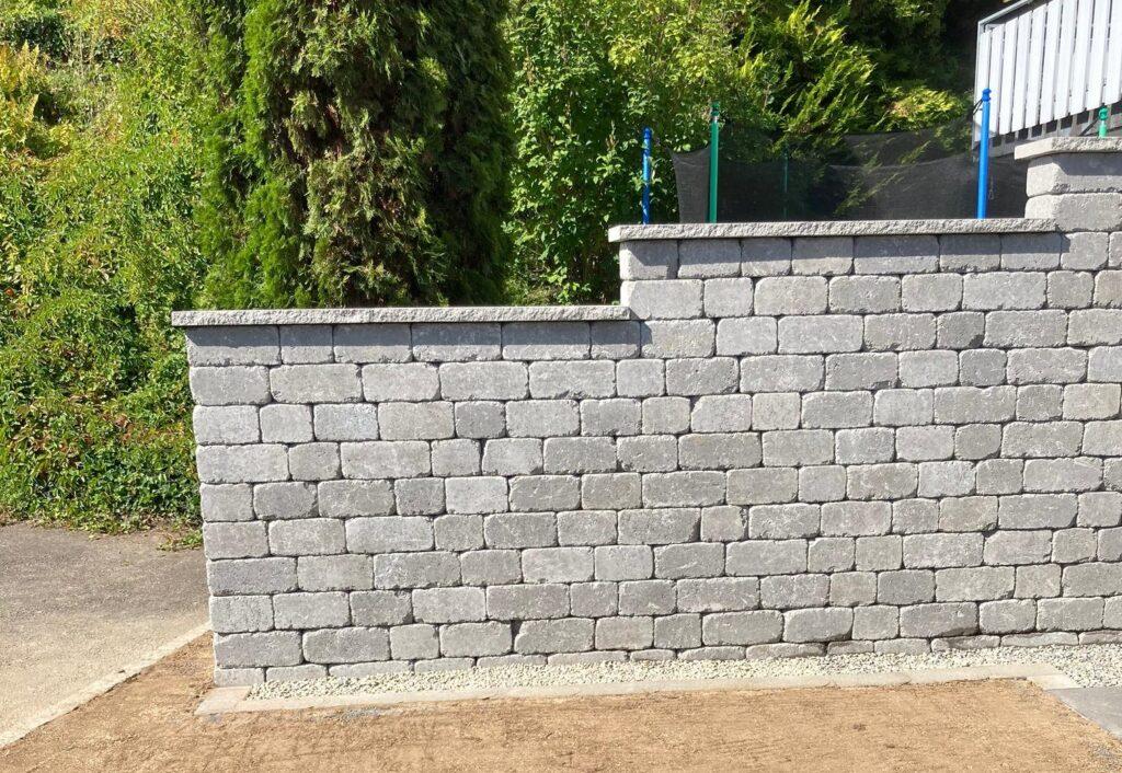 Sichtschutzmauer